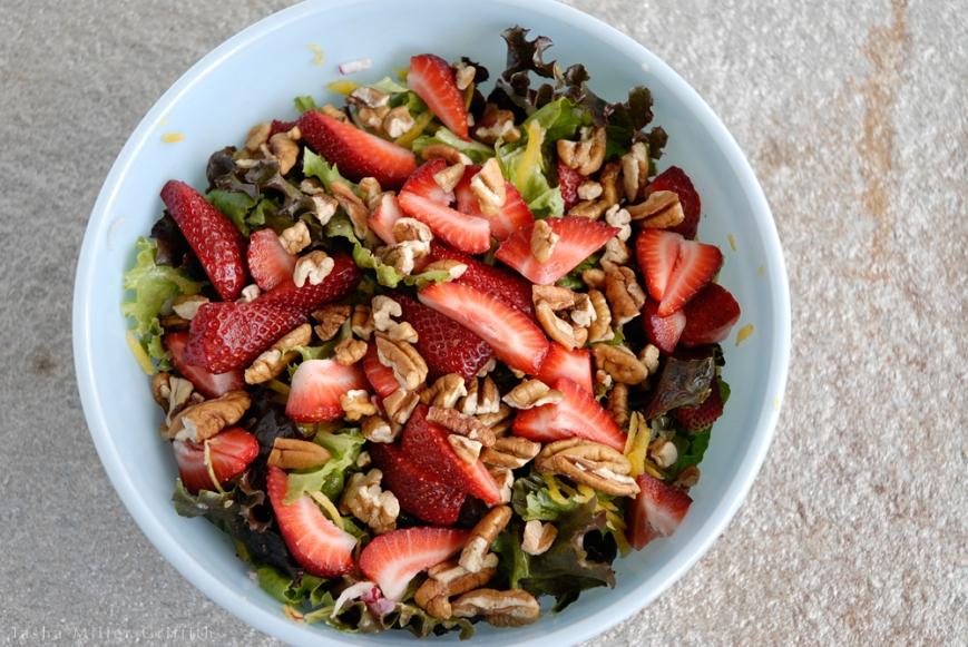 spring strawberry salad 3