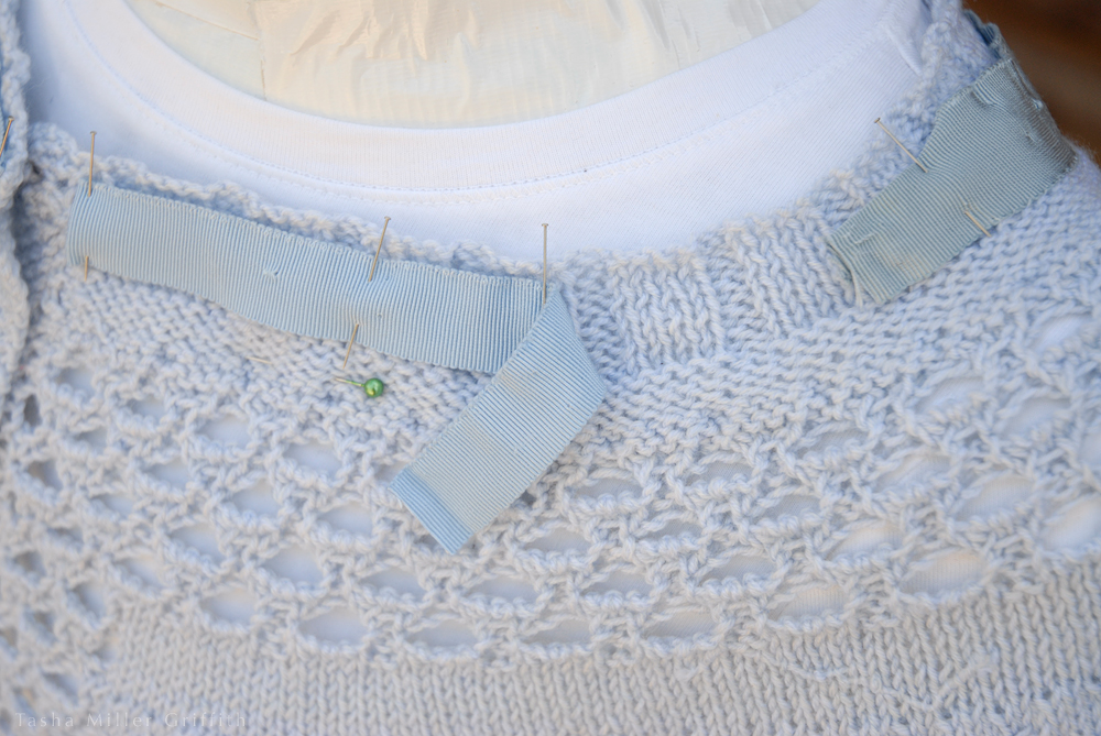 blue talamh sweater ribbon 1