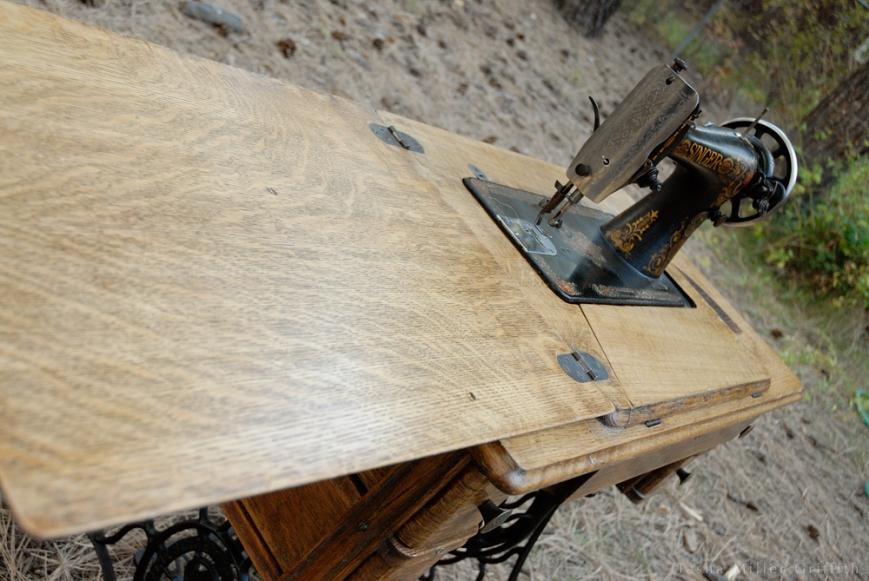 treadle cabinet restoration 14